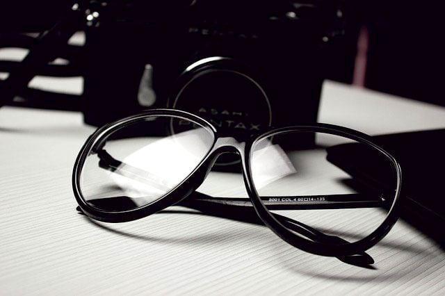 glasses-472027_640